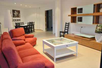 Bright and cozy villa on Maresme Coast, 30 min away from Barcelona